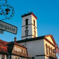 Antik- und Trödelmarkt auf dem Seligenstädter Marktplatz